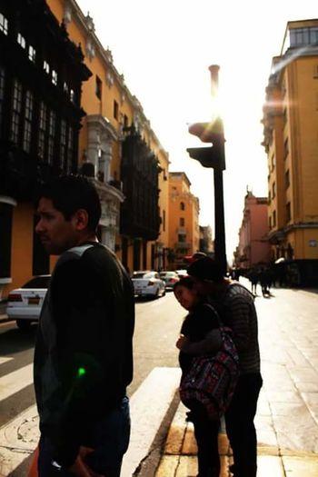 Streetphotography Streetphoto_bw Street Street Photography Peoplephotography Moments Taking Photos Love ♥ Instagram EyeEm Best Shots Eye4photography  Enjoying Life Lima-Perú Couples Lima Perú Fotografía Urbana