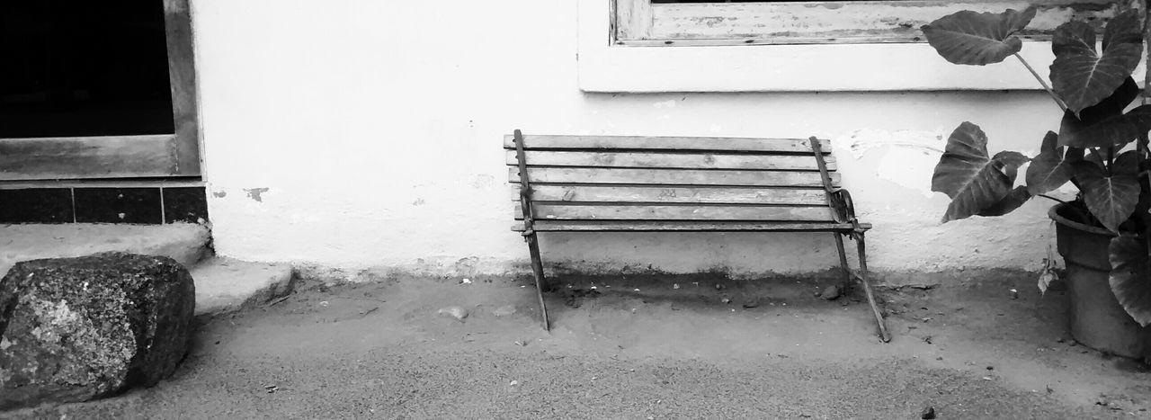 Con el Paso del Tiempo... Elperroartista Bench Beach Banca Blackandwhite Monochrome Streetphoto_bw
