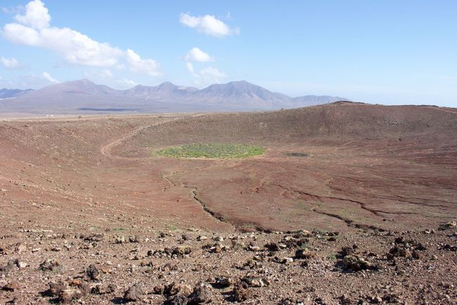 Arid Climate Barren Beauty In Nature Day Desert Island Island Life Islas Canarias Landscape Lanzarote Lanzarote Island Lanzarote-Canarias Mountain Mountain Range Nature Nature No People Ocean Outdoors Physical Geography Scenics Sea Sky Tranquil Scene Tranquility