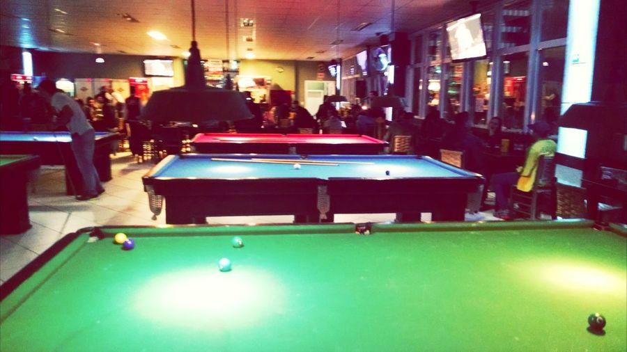 Snooker Happy Hour Enjoying Life Drinking Beer