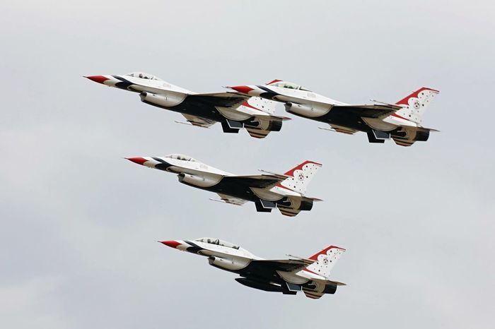 Formation Air Force Falcons Airshow Precision F16fightingfalcon