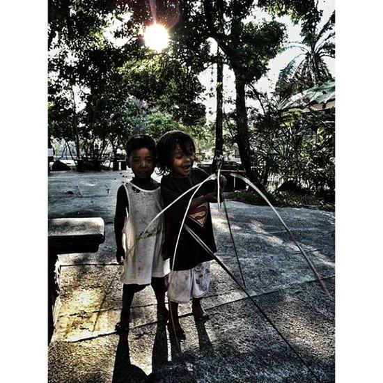 IGDaily Igmanila Ig_philippines Monochrome_asia Manila Child Sunshine Stranger Streetstyle Streetphotography Ig_best Ig_picoftheday