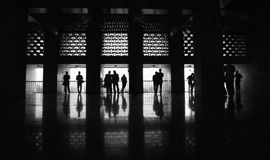Indoors  Real People Men Window Corridor Medium Group Of People Lifestyles Silhouette Women Standing Architecture Day People Adult Adults Only
