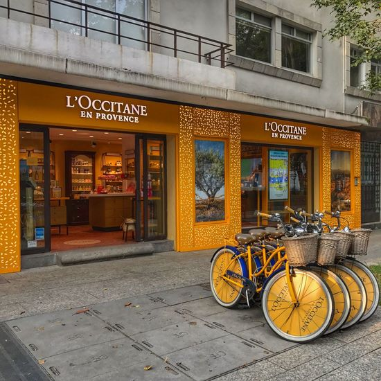 Polanco Bicycle Transportation Architecture Text Building Exterior Mode Of Transport Built Structure Outdoors Day Land Vehicle Store No People Stationary City Cdmx Miguelhidalgo Mexico Mexico City Loccitane