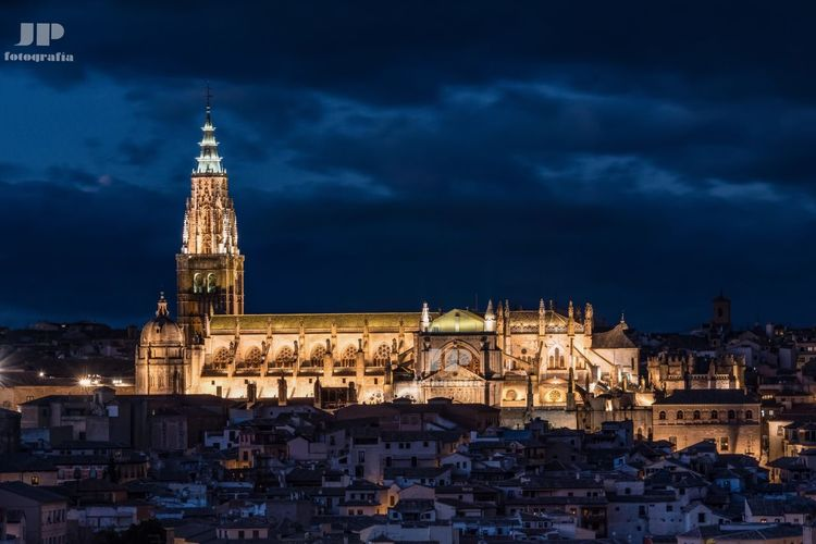 Toledo night SPAIN Nightphotography Architecture Building Exterior Built Structure Sky Cloud - Sky No People Place Of Worship Outdoors Spirituality City Cityscape Night Illuminated