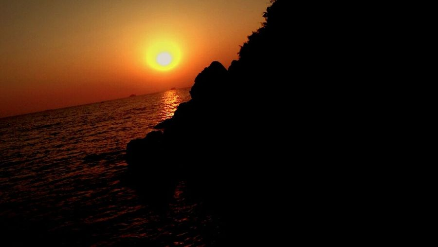 Goa Sunset Beach Beautiful Nature Beautiful View Beautiful Sky EyeEm Nature Lover Motog Turbo Photography Goa Sun ☀ Sunset