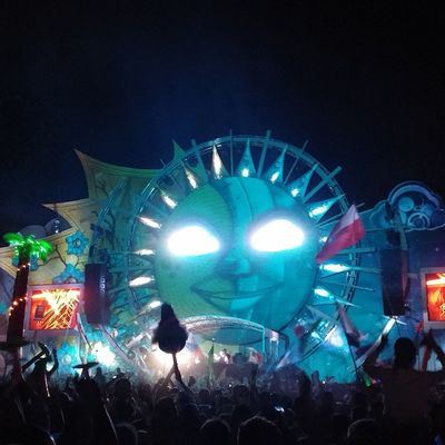 Tomorrowworld2014 Dreamville TheGathering