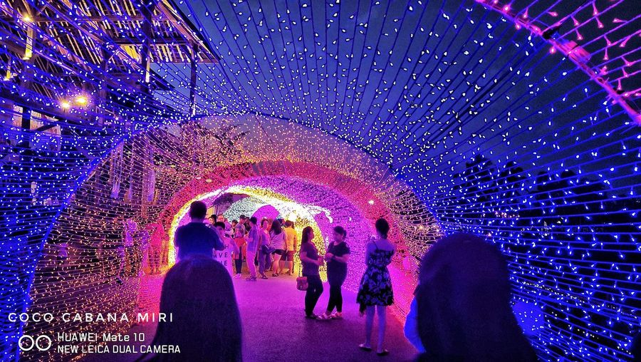 LED light tunnel Light Tunnel Coco Cabana Huaweiphotography Leicadualcamera Mate10 Huawei Illuminated Crowd Multi Colored Men Nightclub Togetherness Nightlife Disco Lights Water Fun Entertainment
