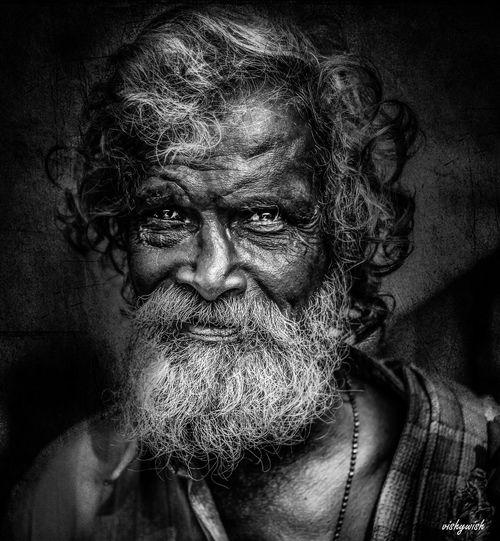 Portrait Portrait Photography Portraiture Portaiture Oldman Blackandwhite Blackandwhite Photography Black And White Portrait Bnw_lover Streetphotography Street Portrait Streets India Mumbai