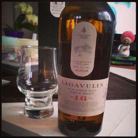 Lagavulin Classic Malt