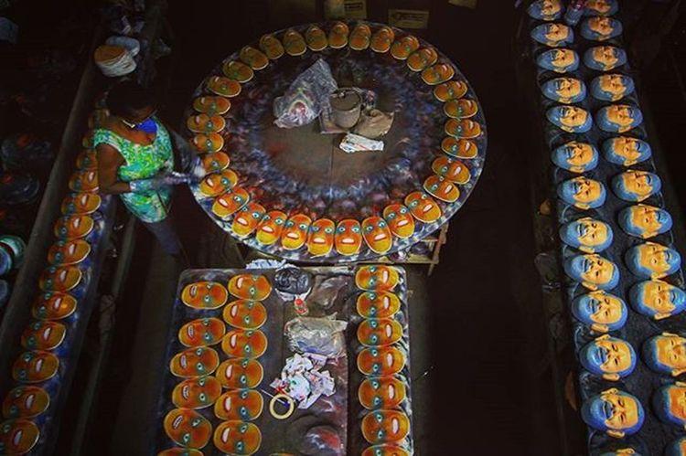Manufactures of carnival masks, São Gonçalo, Rio de Janeiro, Brazil. . Foto: Ale Silva @focofixo_alesilva @alesilva_rj_br Photography Photo Pics Hashtagsgen Picture Snapshot Instagood Picoftheday Focofixo Photooftheday Color All_shots Exposure Composition Focus Capture Moment Photographer Canon Alesilva Canon_official Everydayusa Composition Focus Everydaybrasil capture instacool everydayeverywhere