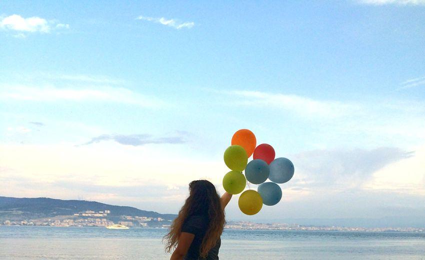 Balloons HappyBirthday MyBirthday 21may Zarganabeach Sea And Sky Canakkake Kilitbahir