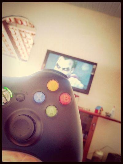 jogando na casa do brother rafael :P Xbox360 MortalKombatVSDcComics