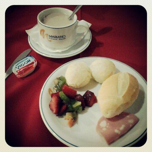 Um café da manhã bem preparado pra prova que está por vir.ONHB