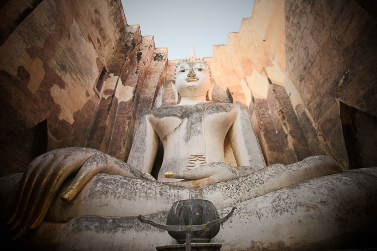 Ancient big Buddah statue of Sukhothai Art And Craft Big Buddha Human Representation Male Likeness Sculpture Spirituality Statue Sukhothai Sukhothai Historical Park Thailand Travel Destinations My Best Travel Photo 2018 In One Photograph