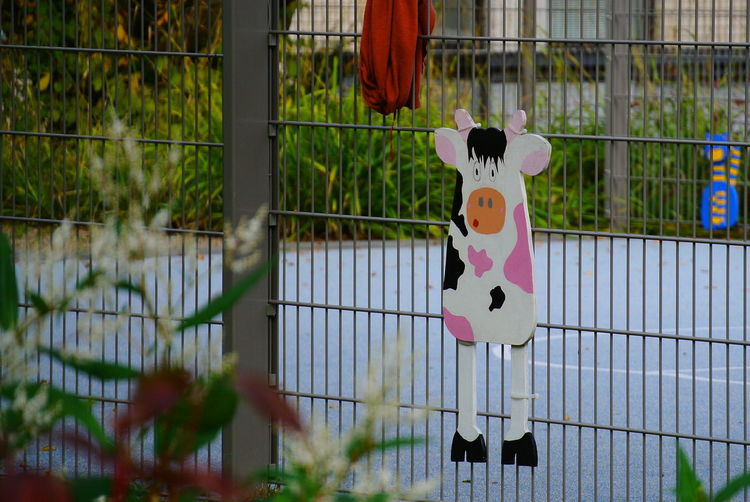 Playground Decoration Cow Wooden Decoration Hanging