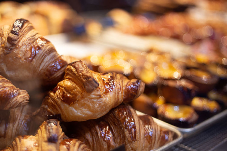 Food Foodporn Food And Drink Freshness Close-up Indoors  Still Life Ready-to-eat No People Focus On Foreground Plate Serving Size Indulgence Wellbeing Table Meat Selective Focus Brown Temptation Healthy Eating Sweet Food Snack Croissant Bakery