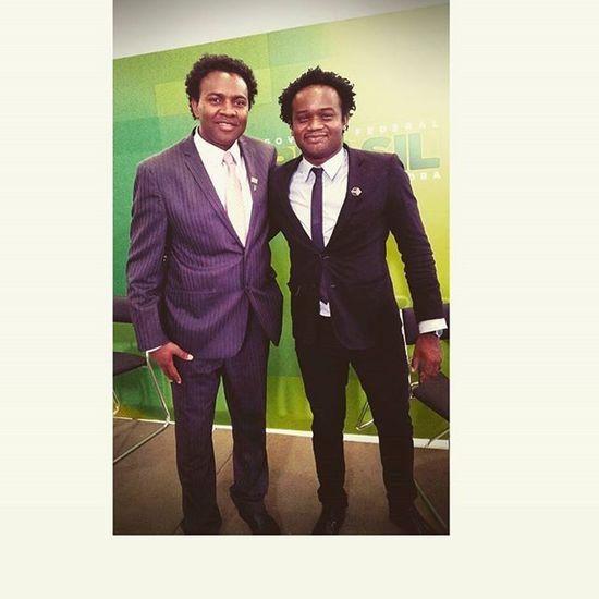 Meu amigo e coordenador do MEC Rodrigoe eu na posse da ministra Nilma no palácio do planalto. UFMG