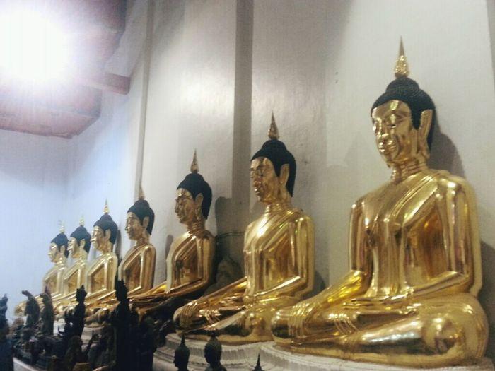 Make A Wish Praying Budha Taking Photos ;)
