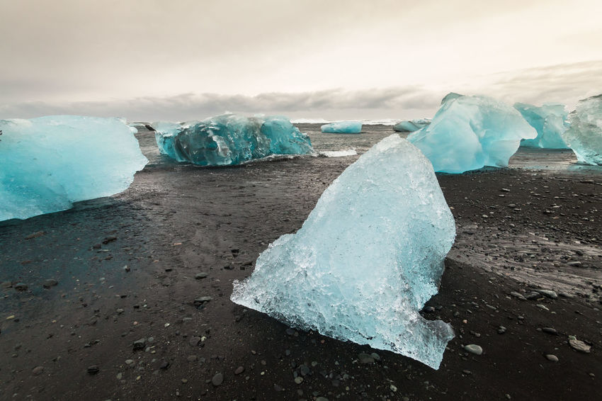 Jokulsarlon is a glacial lagoon or better known as Iceberg Lagoon which located in Vatnajokull National Park Iceland Beauty In Nature Cold Temperature Frozen Glacier Ice Ice Ice Beach Iceberg Iceberg - Ice Formation Iceberg Melting Icebergs Iceland Iceland Trip Icelandtrip Jokulsarlon Glacier Jokulsarlon Lagoon Jokulsarlon Lake Jokulsarlonlagoon Jökulsárlón Jökulsárlón Beach Jökulsárlón Glaciar Lagoon Melting Snow Winter ıceland
