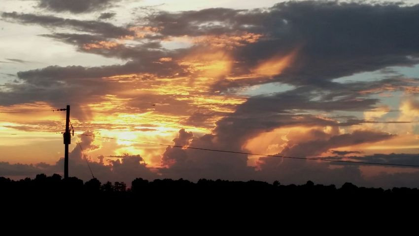 Check This Out Taking Photos Nature Mississippi Delta Sunset_collection Sunset Fire In The Sky Mississippi  Sky At Dusk Sky And Clouds Sky_collection Sky