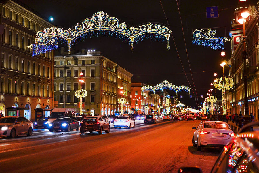 Waiting for the new year. Nevsky Prospect, Saint Petersburg, Russia Christmas Lights Nevsky Prospect Russia Waiting For The New Year Architecture Arts Culture And Entertainment Building Exterior Built Structure Car Christmas Christmas Decoration City Illuminated Land Vehicle Large Group Of People Night Outdoors People Real People Road Sky Street Transportation Colour Your Horizn Mobility In Mega Cities