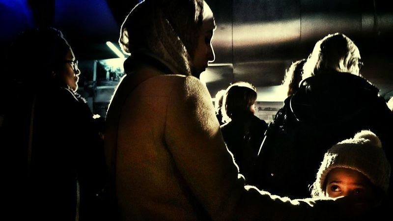 Noussommescharlie, Tous, et anonyme.. Ce soir, rassemblement sur le parvis de la mairie de Gennevilliers. Charliehebdo Liberter D'expression Streetphotography Light And Shadow