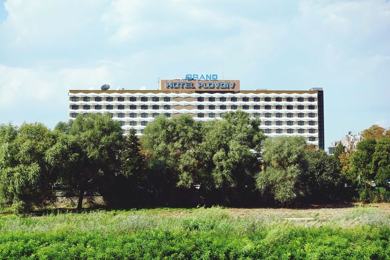 Grand Hotel Architecture Sky Built Structure Plant Cloud - Sky Building Exterior Tree Grass Building Park - Man Made Space