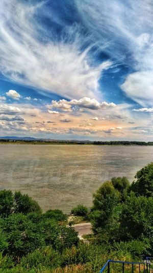 Flowing Water River River View Sunlight Light And Shadow Clouds And Sky Hot Weather Danube Romania Blue Sky And Clouds Water Lake Sky Cloud - Sky Grass Streaming Growing