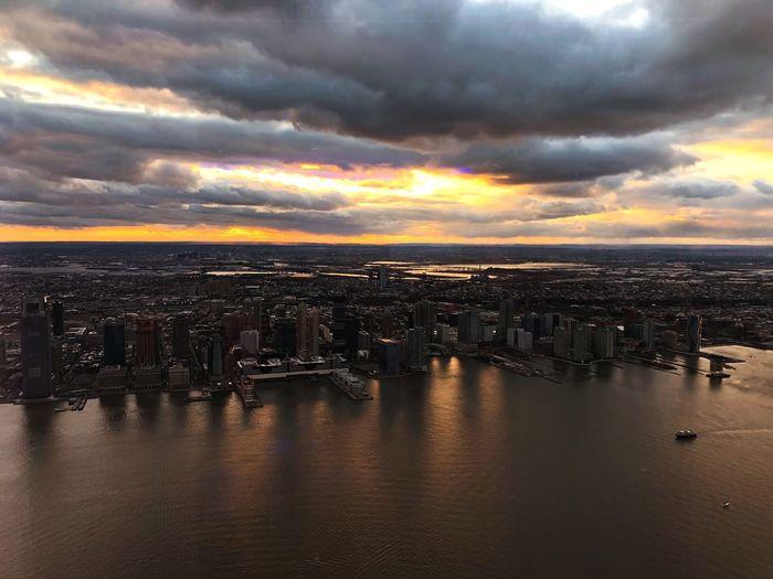 NYC sunset Bestoftheday EyeEm Best Shots Cloud - Sky Sky Water Sunset Sea Scenics - Nature Nature Beauty In Nature City