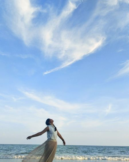 look at the sky Happy Water Sea Women Beach Relaxation Summer Standing Blue Young Women Getting Away From It All Calm Countryside