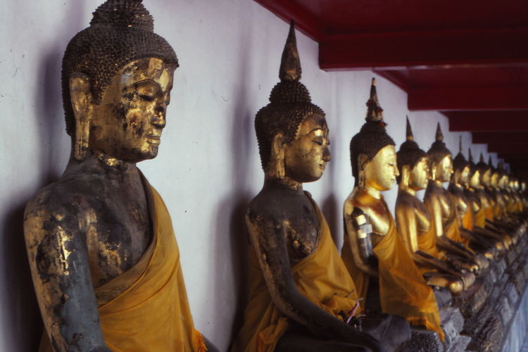 1986 Art Bangkok Buddhas Cultures In A Row Lifestyles Religion Sculpture Statue Temple Thailand