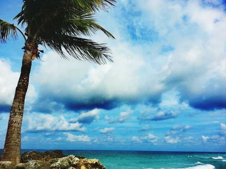Groto! Wheninboracay Sea Sky Cloud - Sky Nature Horizon Over Water Beach Beauty In Nature No People Tree Scenics Water