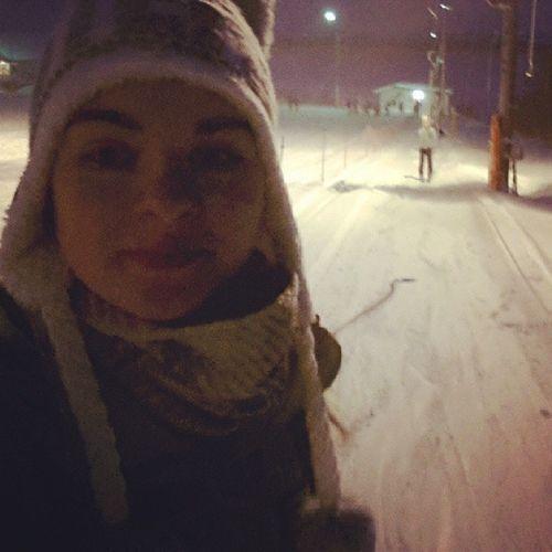 октябрьский сноуборд лыжи друзья