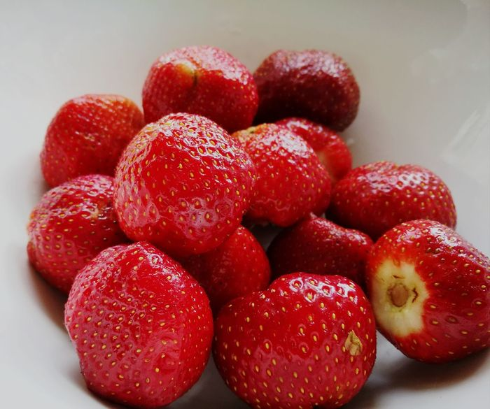 Red Strawberry Healthy Eating Freshness Close-up Ready-to-eat A Taste Of Summer