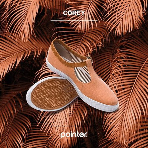 Ladies ... please meet COREY, a playful and bright summer style - named after Liv Tylers character in Empire Records. #corey #ladiesshoe #empirerecords #livtyler #casualshoes #summershoes Corey Casualshoes Summershoes Empirerecords Livtyler Ladiesshoe