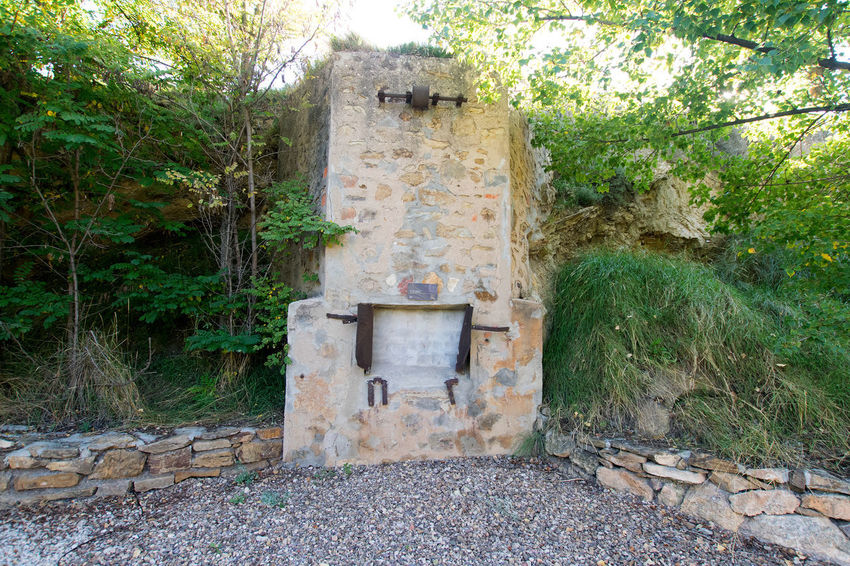 Utrillas Terual Moseo minerio y alrededores. Octubre 2018 2018 October Teruel Utrillas Architecture Building Exterior Built Structure Day Eddl Growth History Land Nature No People Old Outdoors Plant Solid Stone Stone Material Stone Wall The Past Tree Wall Weathered Wood - Material