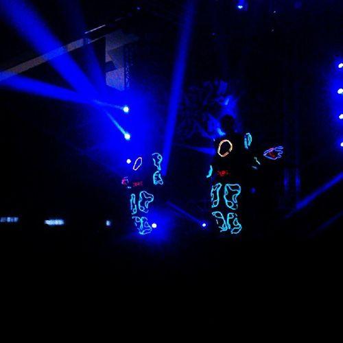 LIGHT'S MAN!! WOW WOW WOW !!! DanceShow Minsk Lightsman Battleoftheyear boty lightshow wow @maryskazka @sergelook