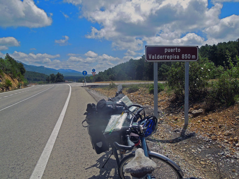 Mit dem Fahrrad unterwegs nach Gibraltar Andalucía Andalucía Nature Asphalt Bicycle Cloud Cloud - Sky Country Road Information Information Sign Landscape Mountain Nature No People Pole Road Road Sign Signboard Sky SPAIN The Way Forward Travel Photography Western Script