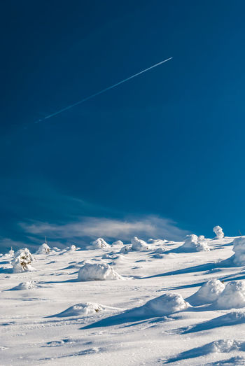 Wandering in white desert Winter Snow Pattern Shapes And Forms Minimalism Snowcovered Clear Sky Sunny Day endlessness Space Copy Space negative space Copy Space In Sky Hiking Snowdrifts No People Details Of Nature Blue Sky Blue Sky And Clouds Sudety Giant Mountains