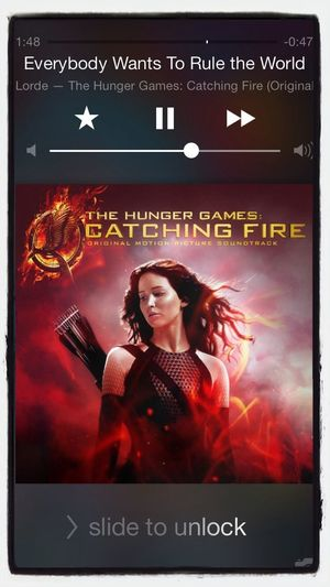 This song has me so pumped to see this movie. Catchingfire Lorde