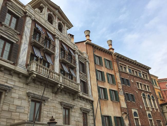 Japanese  Disney DisneySea DisneyWorld Built Structure Building Exterior Italy Venezia