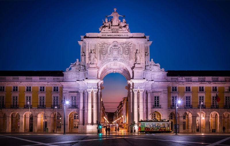 Arco da Rua Augusta, Lisbon Portugal Arco Da Rua Augusta, Lisbon Portugal Arch Architecture Building Exterior Built Structure History Illuminated Night Outdoors Sculpture