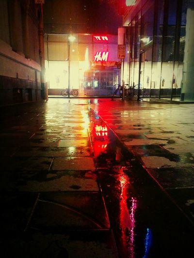 Rainy nights Melbourne Laneways GoodTimes Noregrets