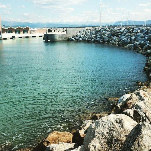 Livorno Mare Scogli Acquacristallina