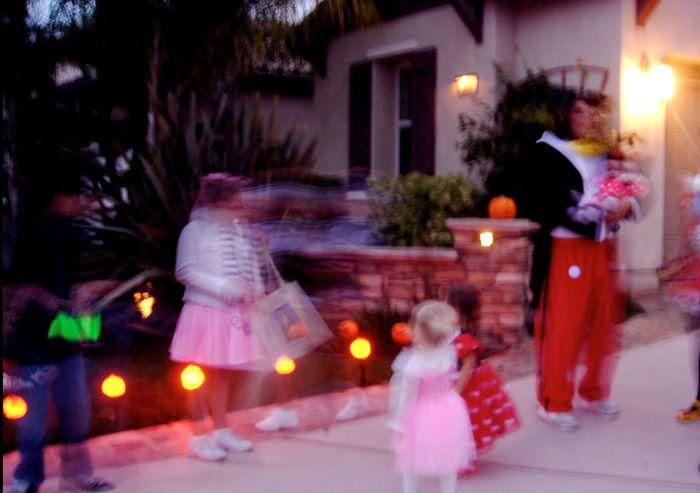 Glitch Blockparty Halloween Blurred Lights