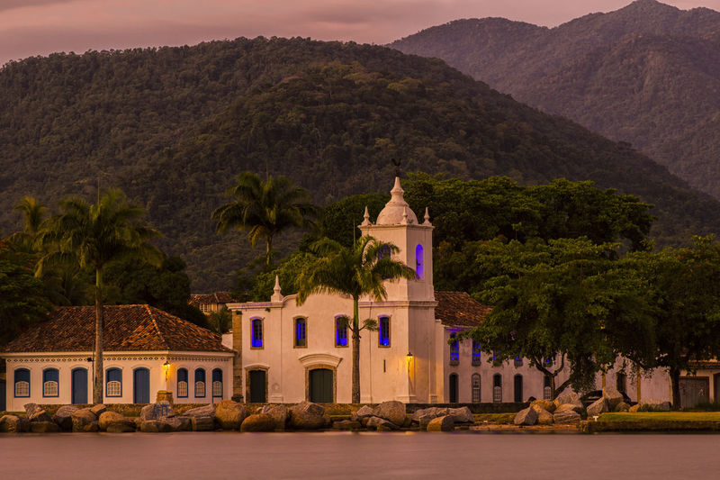 Historical church at Paraty Sunrise Architecture Church History Landscape Mountain Mountains Palm Trees Paraty Paraty - RJ Paraty Em Foco - Rio De Janeiro Brasil Paraty Rio De Janeiro Paraty, Brazil Paraty- Rj Religion Sea Tradition Travel Travel Destinations
