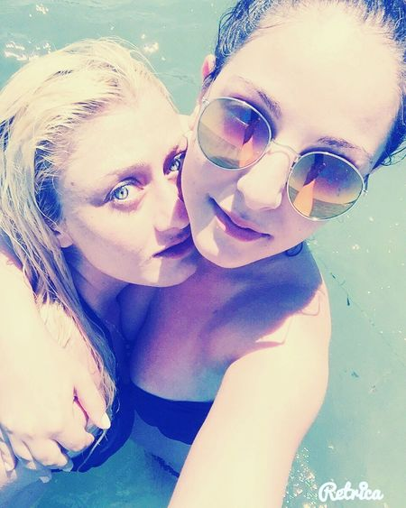 Hello World Relaxing That's Me Check This Out Enjoying Life Happy Time Sunny Day Summertime Lifeisbeautiful Sea Friends ❤ Girls Enjoying The Sun Beauty Selfie ✌ Blonde And Brunette Swimming Blue Eyes Blue Water