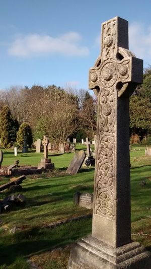 Celtic Cross Grass Graveyard London Semetery Solitude Stone Material Tombstone Tranquility