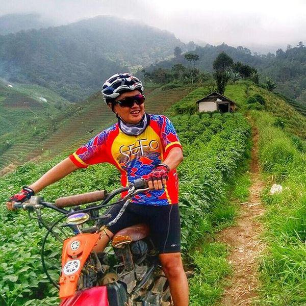 no bicycle no problem Sefo  Nyirebon Nyiremai
